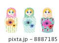 微笑むマトリョーシカ人形 8887185