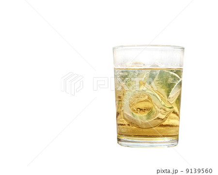 alcohol glass isolated, drinkの写真素材 [9139560] - PIXTA