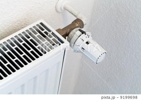 thermostat of home heat radiatorの写真素材 [9199698] - PIXTA