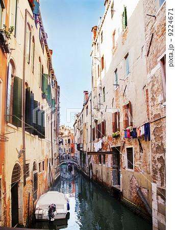 ヴェネツィア 街並み 縦 9224671