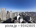 新宿高層ビル群と東京都心の街並 9342805