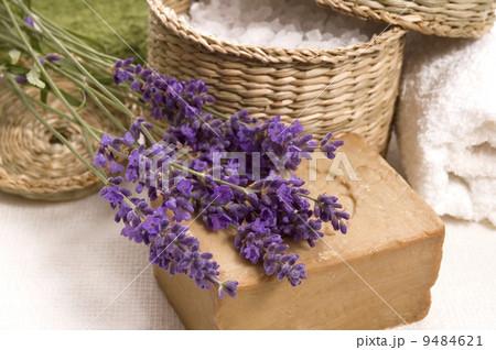 lavender bathの写真素材 [9484621] - PIXTA