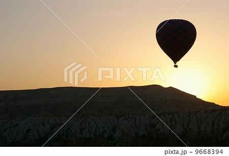 カッパドキアの気球 9668394