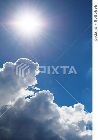 夏の雲 9686696