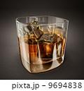 ウィスキー ウイスキー お酒のイラスト 9694838