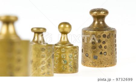 Old brass antique weights, Hollandの写真素材 [9732699] - PIXTA