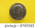 第34代アメリカ大統領アイゼンハワー肖像のコイン 9795585