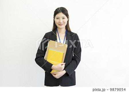 働くビジネスウーマン 9879054