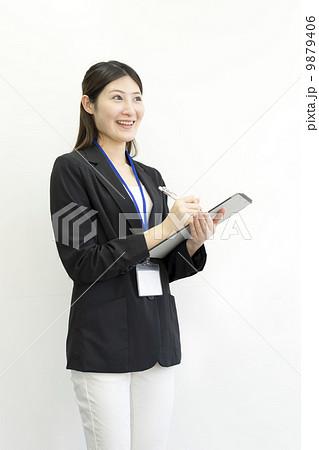働くビジネスウーマン 9879406