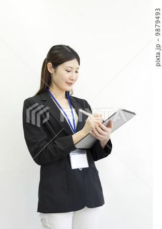 働くビジネスウーマン 9879493
