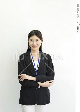 働くビジネスウーマン 9879616