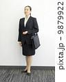 ビジネスウーマン ミドル 管理職の写真 9879922