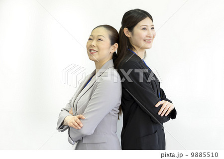 働くビジネスウーマン 9885510