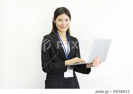 働くビジネスウーマン 9936652