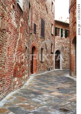 Italy. Tuscany region. Montepulciano town 10136344