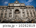 トレビの泉 ローマ 石像の写真 10262819