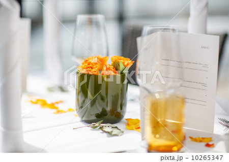 table set for wedding or another catered event dinner.の写真素材 [10265347] - PIXTA