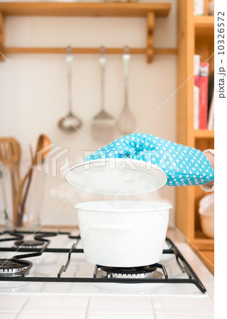 鍋の写真素材 [10326572] - PIXTA