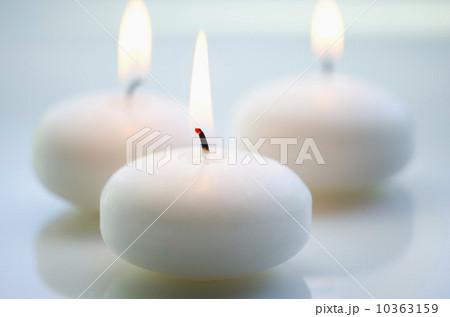 Close-up of white candles 10363159