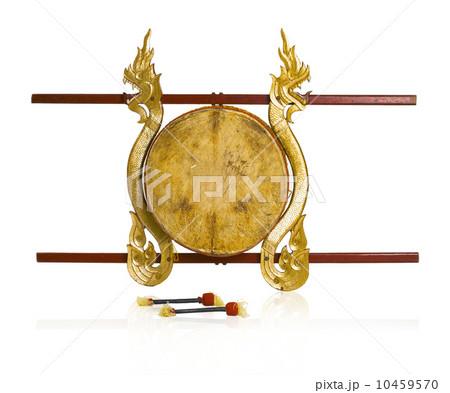 Thai antique drums musical instrument isolated の写真素材 [10459570] - PIXTA