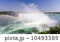 カナダ滝 ナイアガラの滝 虹の写真 10493389