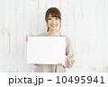 スケッチブック 女性 笑顔の写真 10495941