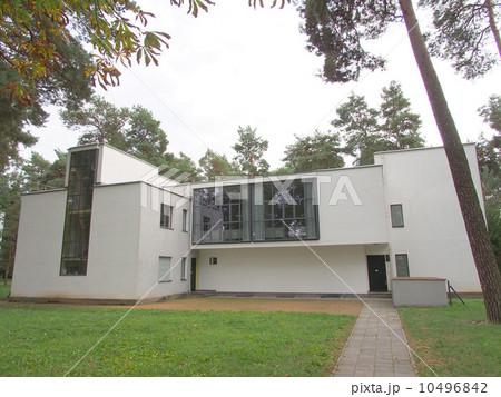 世界遺産 ドイツ デッサウ バウハウス 親方の家 10496842