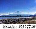 mt fuji, lake kawaguchi 10527719
