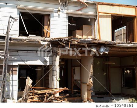 住宅の解体工事 10548261