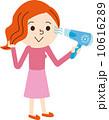 ドライヤー 乾かす 女性のイラスト 10616289
