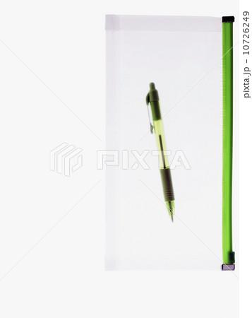Pen and binderの写真素材 [10726249] - PIXTA