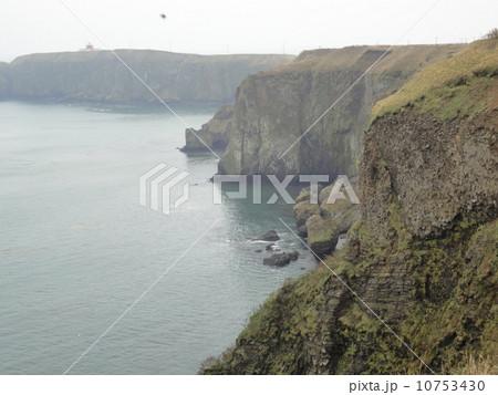 霧多布岬の断崖絶壁 10753430