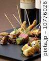 高級肉の串焼き 10776026