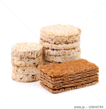 Corn cracker and bread crisps.の写真素材 [10849794] - PIXTA