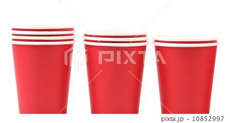 Three red paper cupsの写真素材 [10852997] - PIXTA