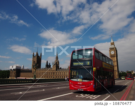 ロンドンビッグベンとバス 10870477