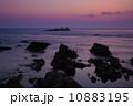 岩場 山陰ジオパーク 海の写真 10883195