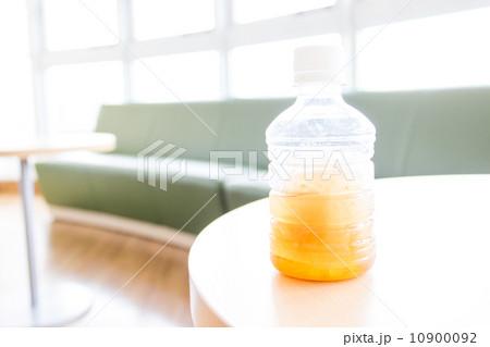 ペットボトルを冷凍すると本当に破裂するのか実験