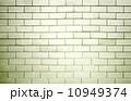 老人 背景 建築の写真 10949374