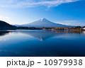 Beautiful Mount Fuji in autumn, Japan 10979938