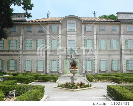 箱根星の王子様ミュージアムの中庭の風景 11025431