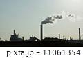 工場地帯の風景 11061354