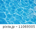 プール 水 ブルーの写真 11069305