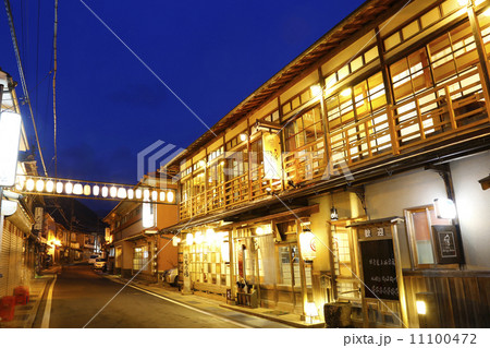 奈良県洞川温泉 11100472