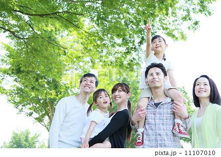 三世代家族イメージ 11107010
