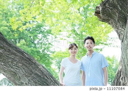 若い夫婦・恋人 イメージ 11107084