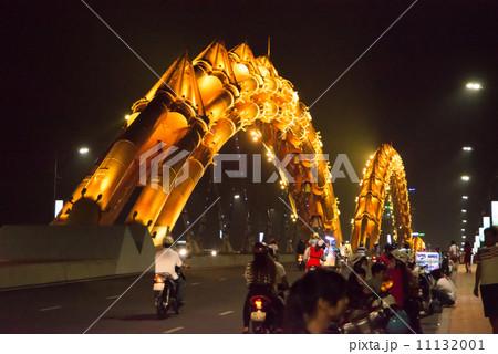 ドラゴン橋 ベトナム、ダナン ギネス登録 世界一 夜間照明 11132001