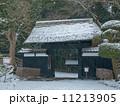 雪景の好文亭表門~偕楽園(正面) 11213905