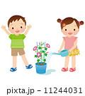 幼児 水やり 子供のイラスト 11244031