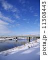 多摩川 雪景色 鉄橋の写真 11308443